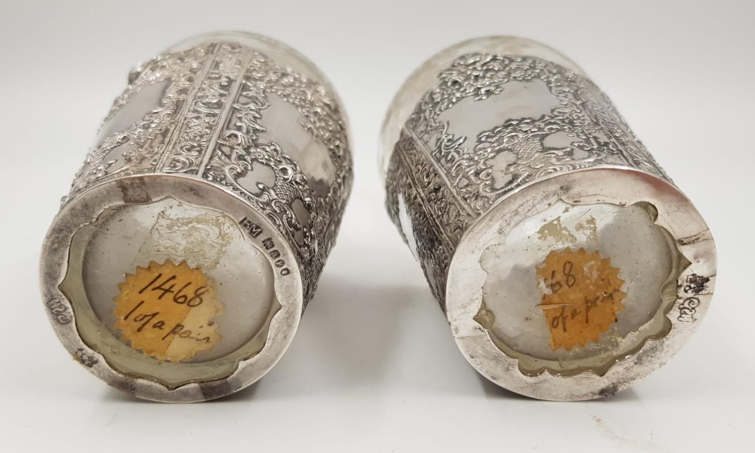 A beautiful pair of antique silver etching bottles. Dated London 1896 and imported by Berthold - Image 2 of 2