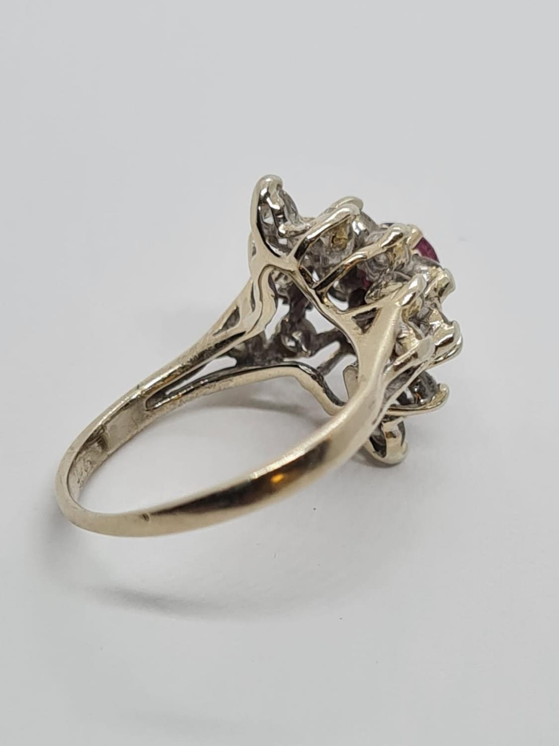 14ct Gold Ruby and Diamond RING. 2.8g Size H - Image 2 of 3