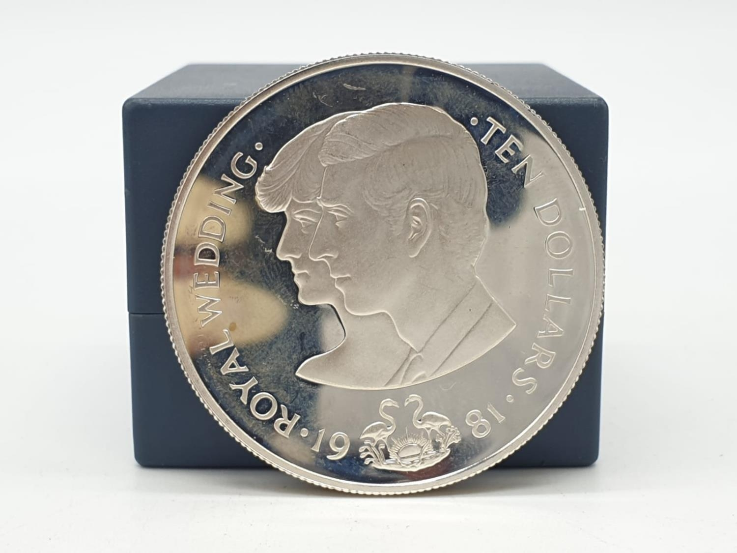 Silver Commemorative Coin of the Royal Wedding 1981 10 Dollars The commonwealth of the Bahamas 28.5g - Image 2 of 3