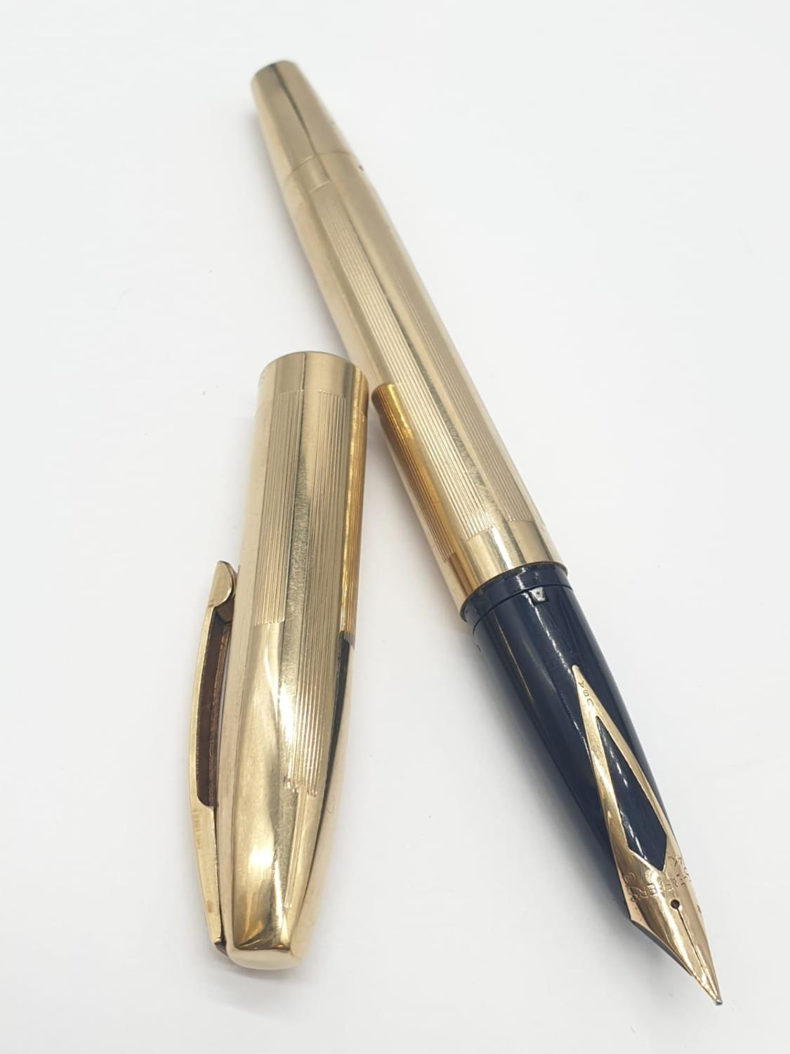 Vintage Shaeffer Gold Plated FOUNTAIN PEN with 14ct Gold Nib.