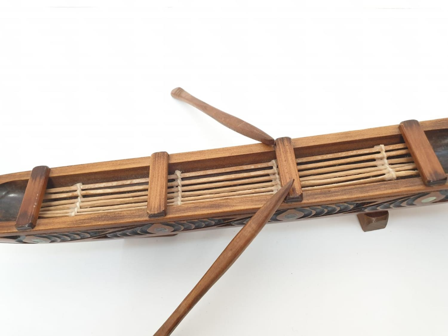 Hawaiian hand carved wooden boat, 49x20cm - Image 8 of 9
