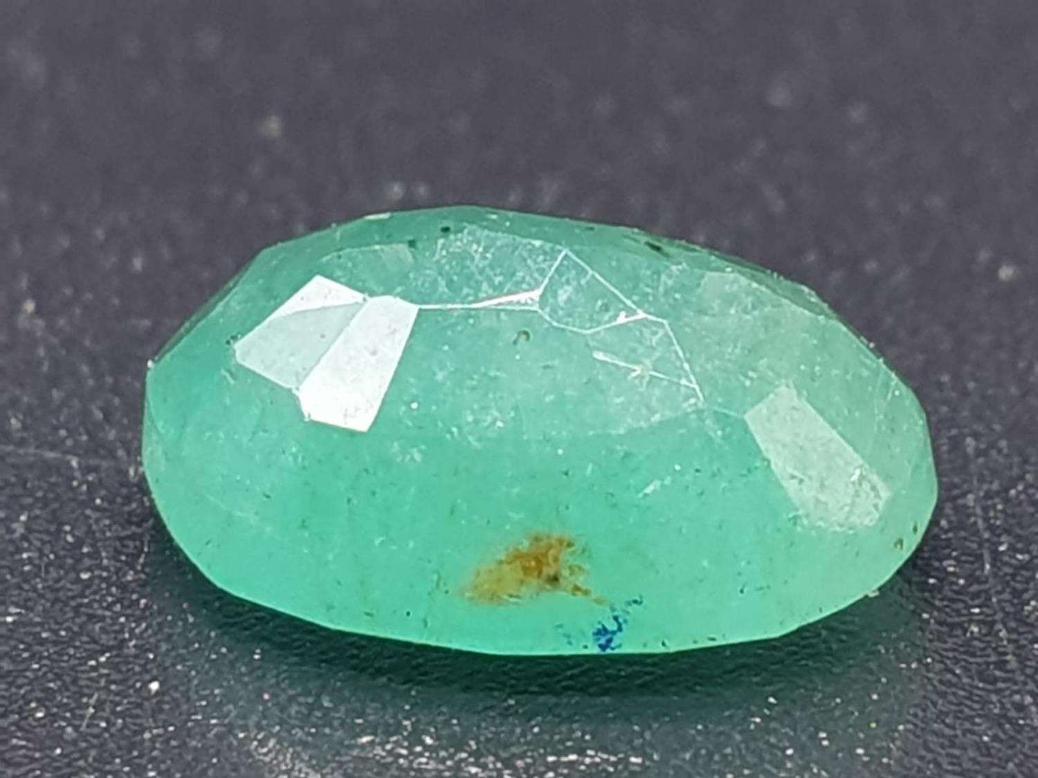 2.01 Ct Natural Loose Emerald. Oval shape. IDT certified - Image 2 of 6