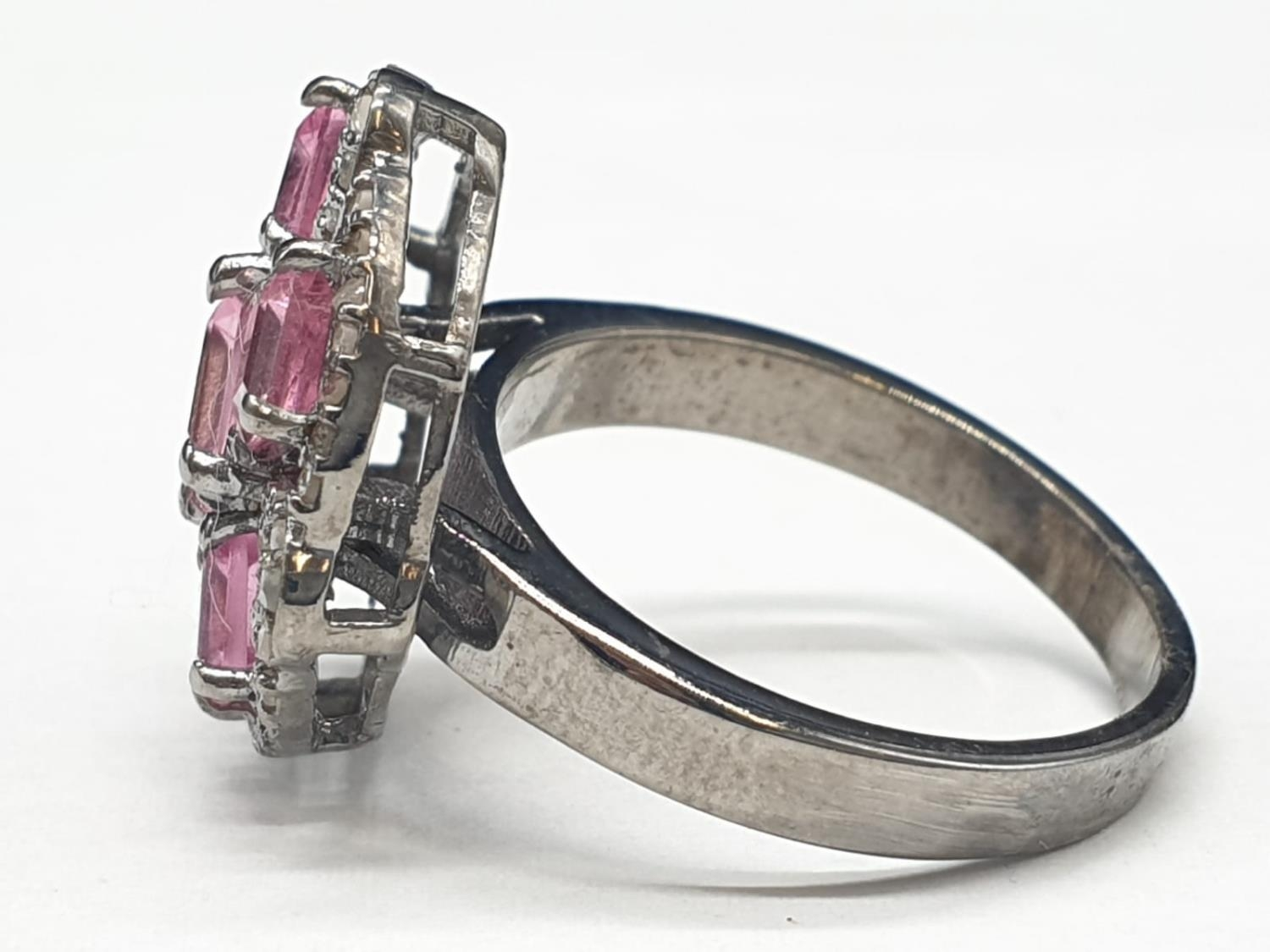 925 blackened silver ring. Consisting of 2.50 Ct Tourmaline & 0.50 Ct Rose cut diamonds, weight 6g - Image 3 of 6