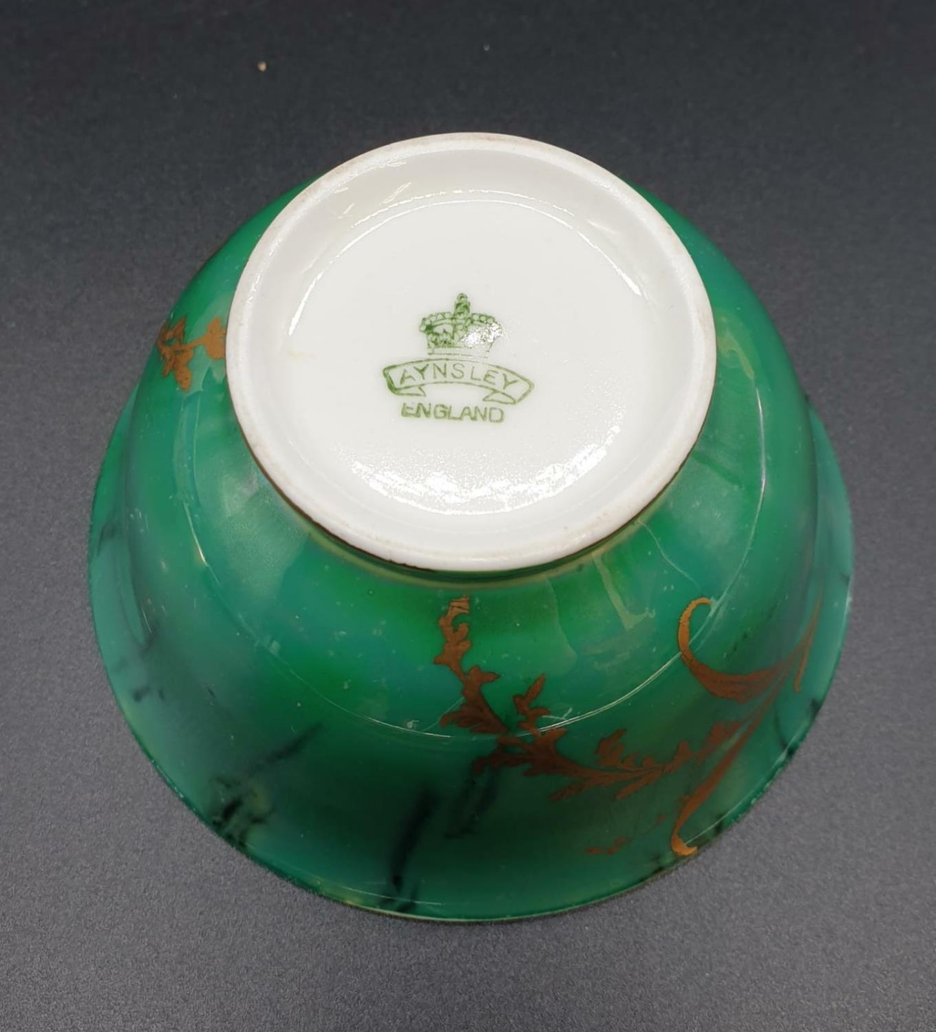 Collection of small bowls, English, Irish and Oriental. Largest bowl is 10cm in diameter. All good - Image 15 of 17