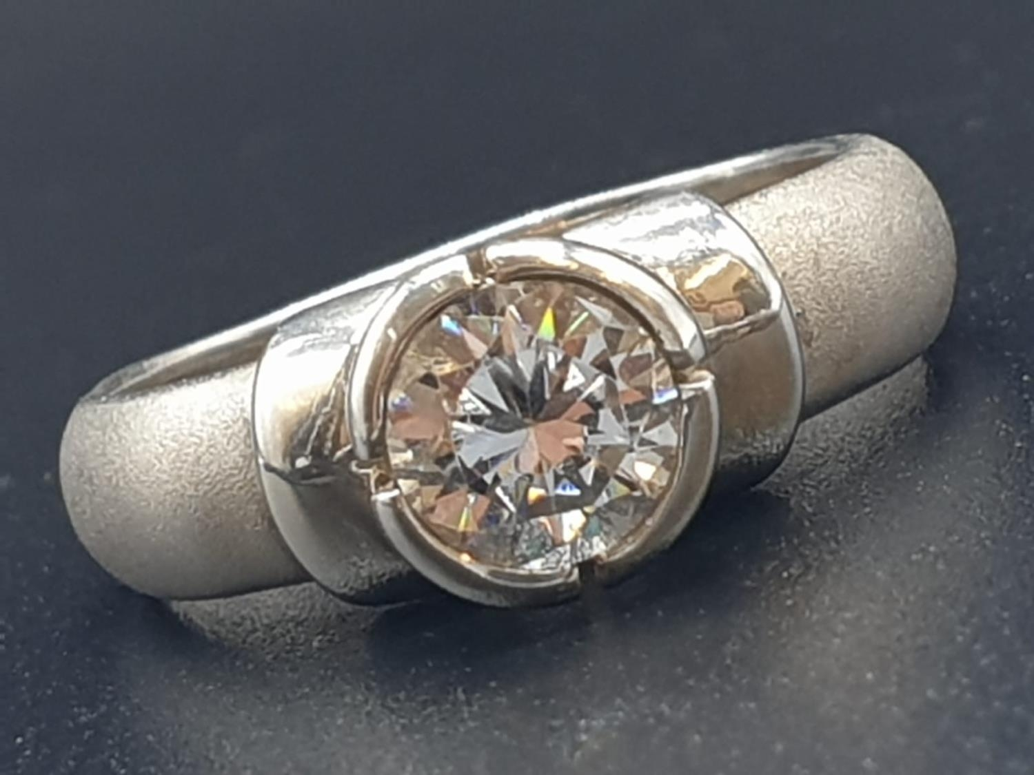 Silver Ring with large CZ Stone 3.6g Size P - Image 2 of 7