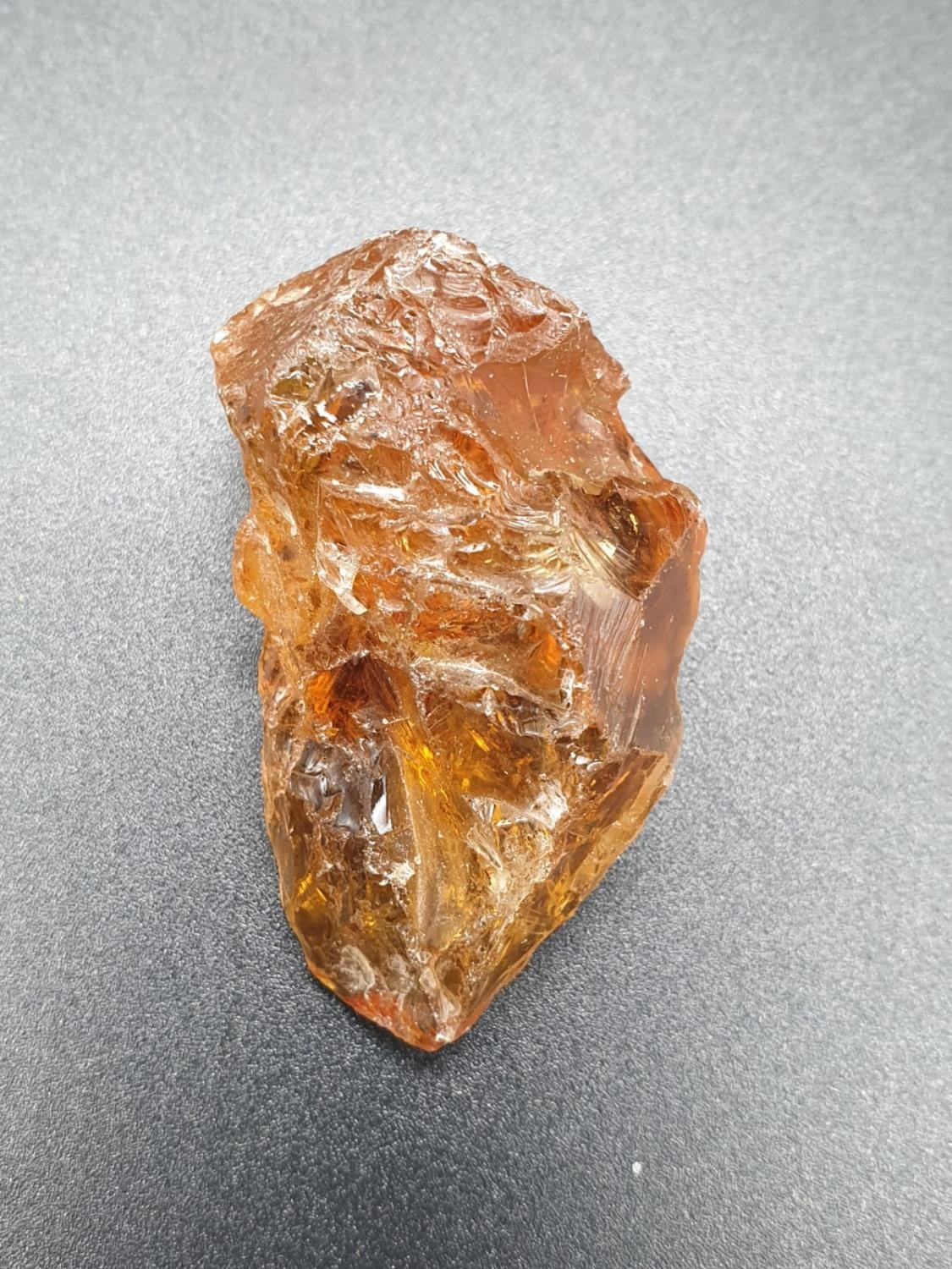 134.60 Ct Natural Citrine. Rough shape. ITLGR certified - Image 2 of 4