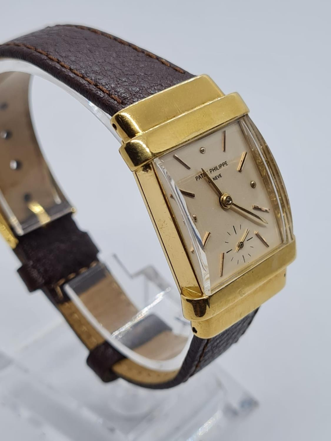 Patek Philippe Geneve WATCH tank style with rectangular face Case: 20x40mm. Brown Leather Strap. - Image 3 of 5