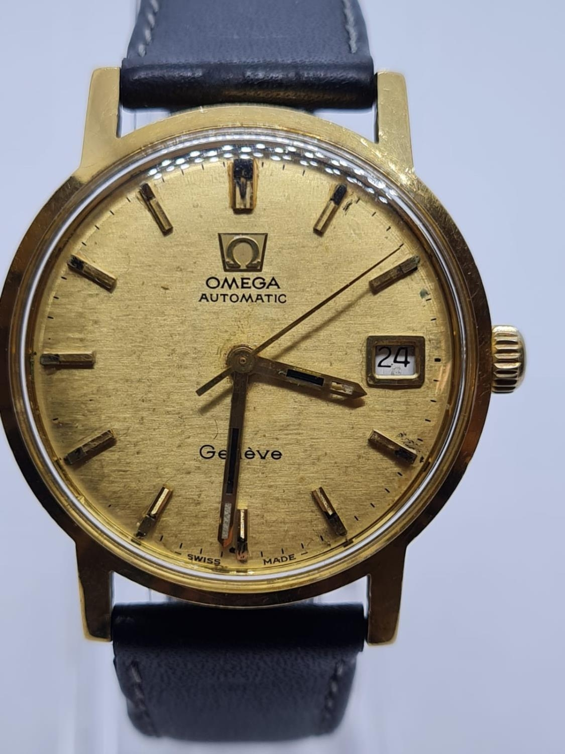 Vintage Omega Automatic Gents WATCH 18ct Gold circa 1970. 35mm case. - Image 2 of 4