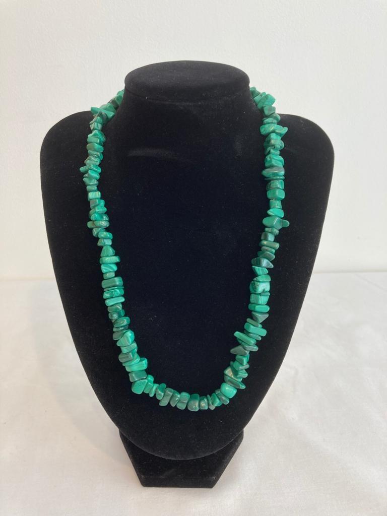 Malachite necklace, heavy quality piece. 50cm in length.