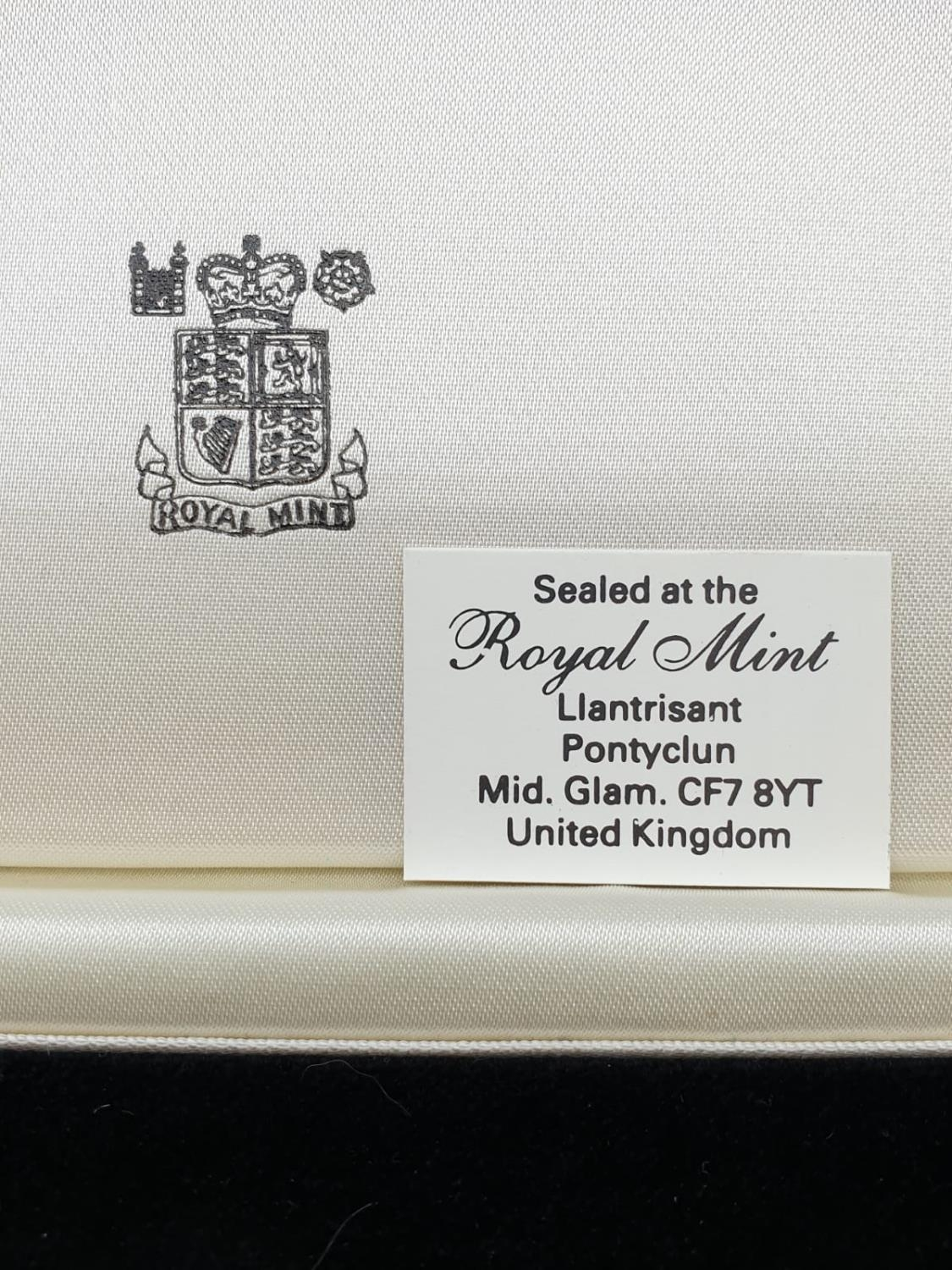 1988 UK GOLD PROOF 3 COIN COLLECTION TO INCLUDE A DOUBLE SOVEREIGN, A SOVEREIGN AND A HALF - Image 5 of 6