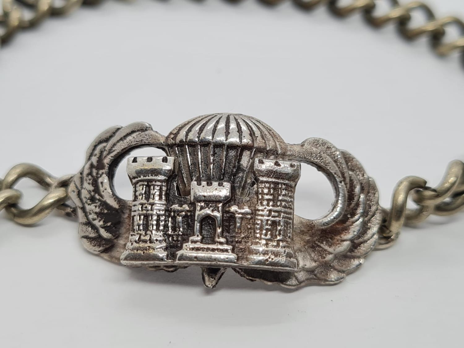 WW2 Solid Silver US Airborne Recon Jump Wings on a silver-plated wrist chain. - Image 2 of 3