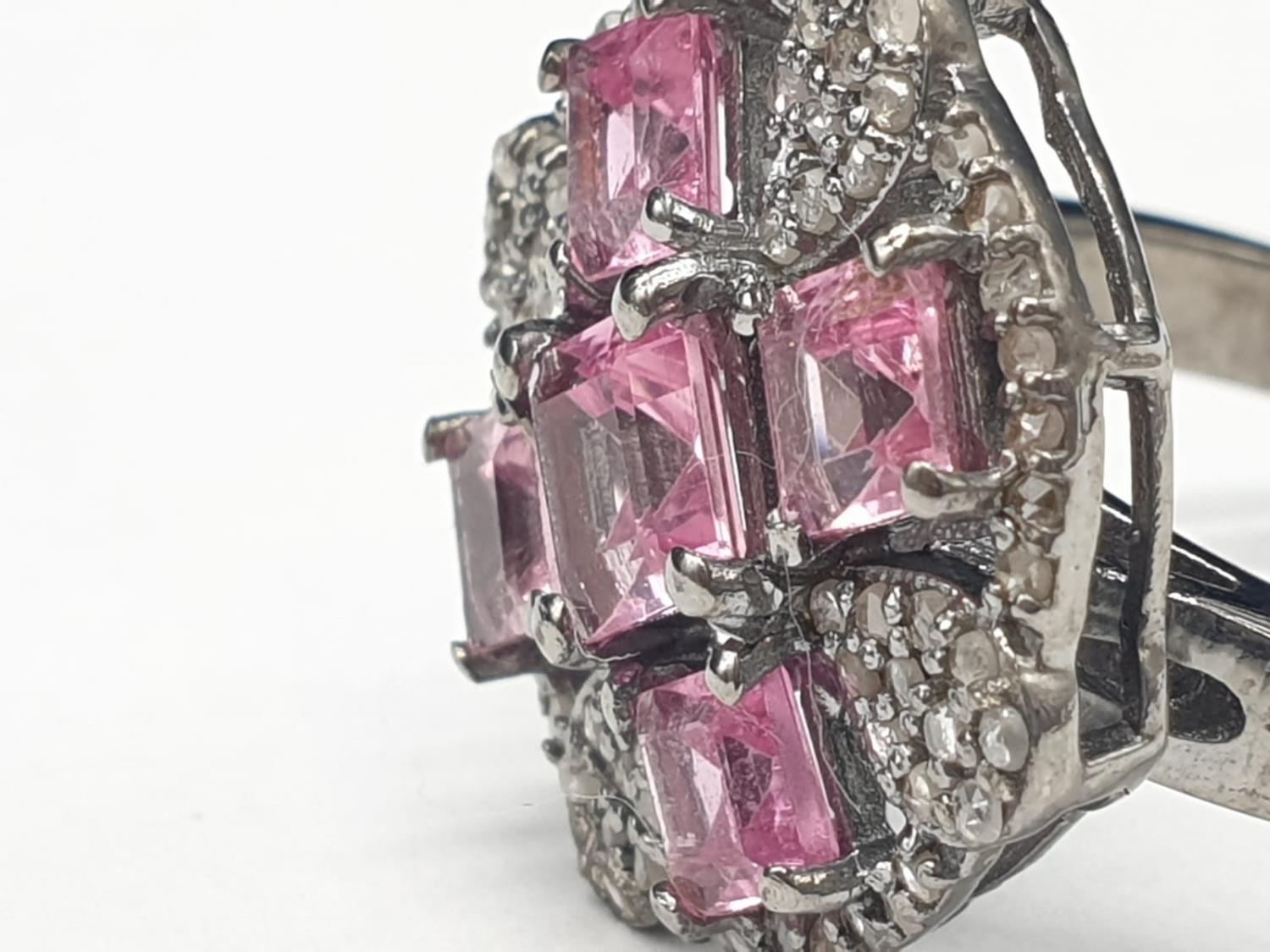 925 blackened silver ring. Consisting of 2.50 Ct Tourmaline & 0.50 Ct Rose cut diamonds, weight 6g - Image 2 of 6