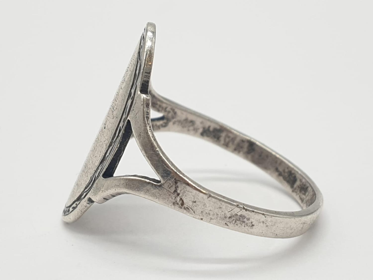 L&W Silver Vintage RING. 2.2g Size M. - Image 2 of 5