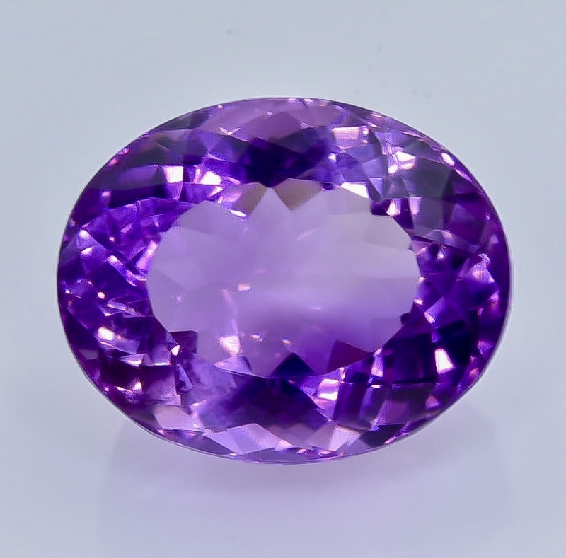 NATURAL AMETHYST - BRAZIL - 21.75 Cts - Certificate GFCO Swiss Laboratory