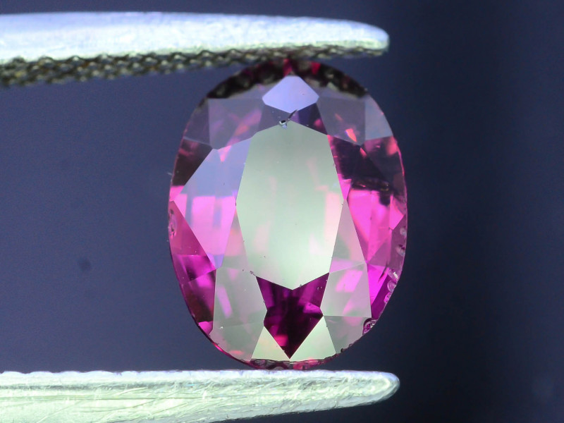NATURAL TOURMALINE RUBELLITE - Provenance AFGHANISTAN - 1.76 Cts - Certificate GFCO Swiss Laborato - Image 3 of 6