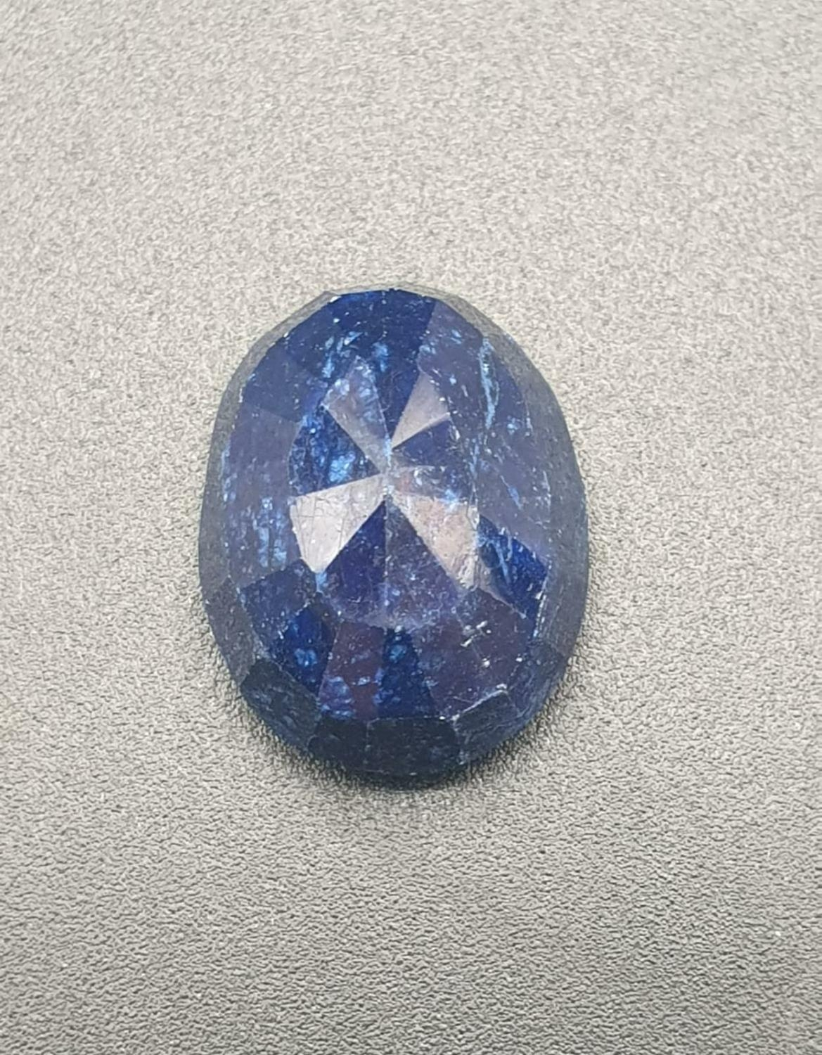 28.44 Cts Natural Sapphire stone Oval cut. IDT certified - Image 3 of 4