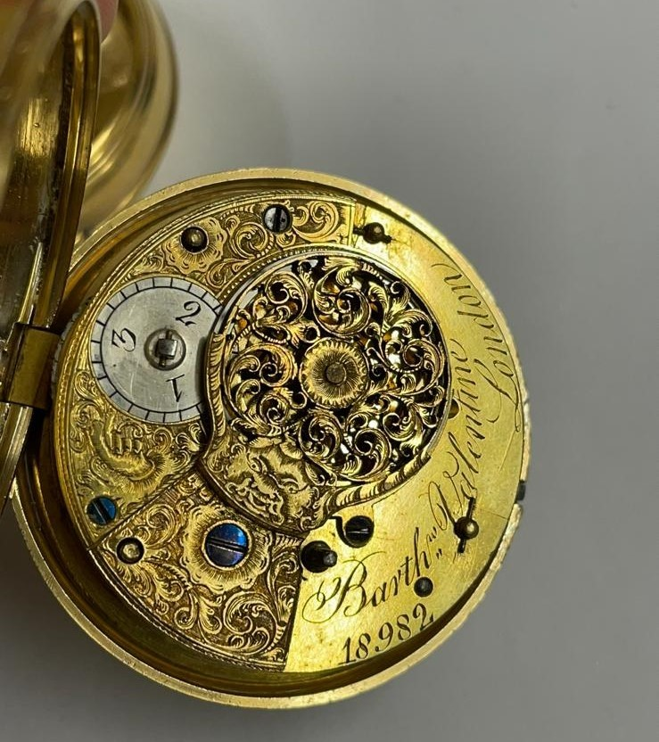 Antique gilt verge fusee pocket watch , working but sold with no garantees 147.8g - Image 8 of 12