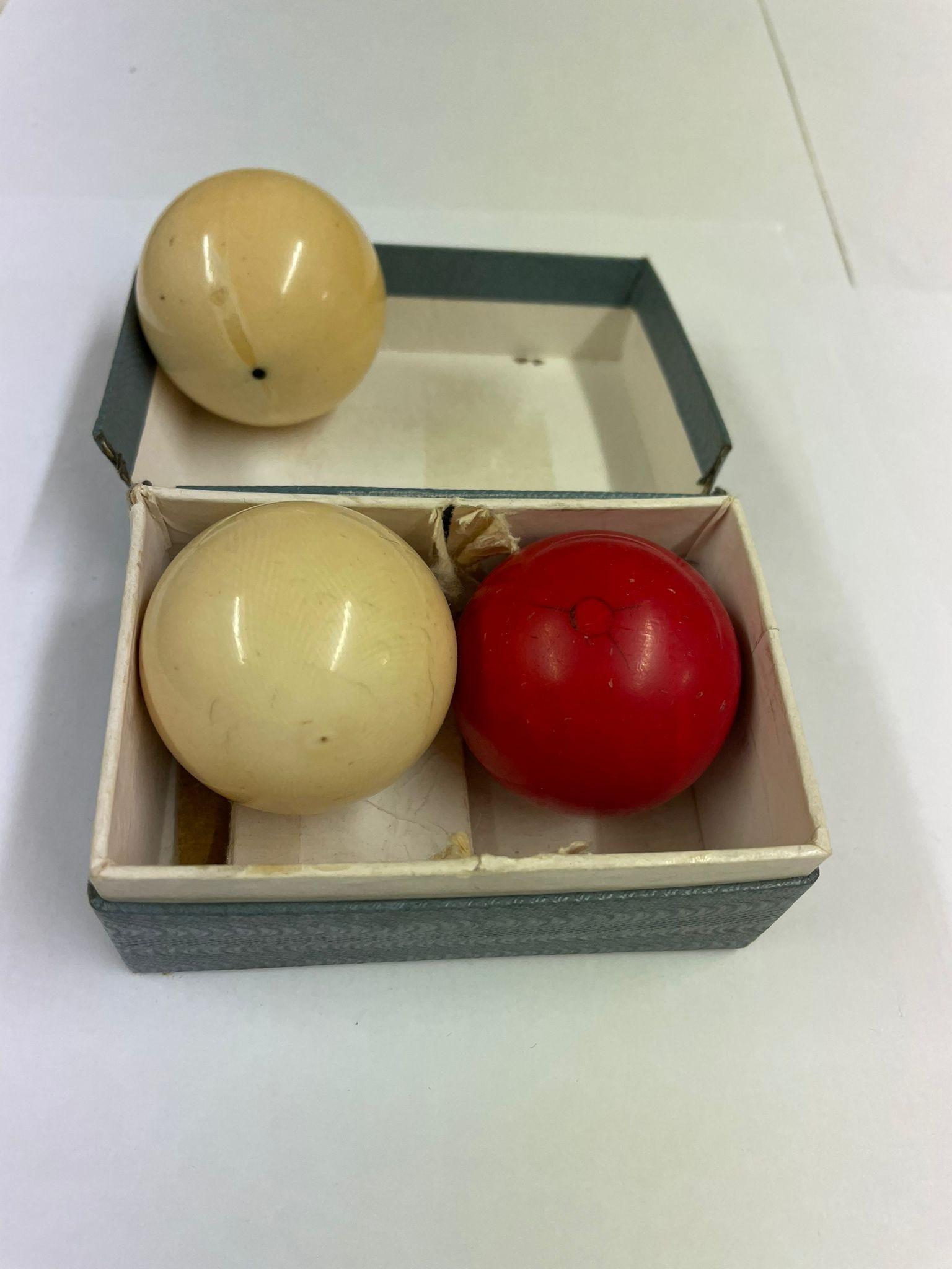 Antique ivory snooker billiard balls x3 - Image 2 of 3