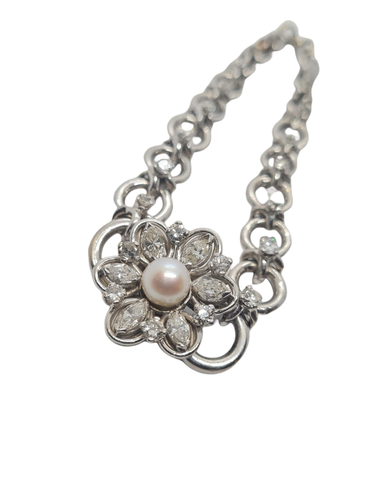 18k white gold French antique diamond and pearl set bracelet, flower design, weight 18.5g approx 2ct - Image 2 of 5