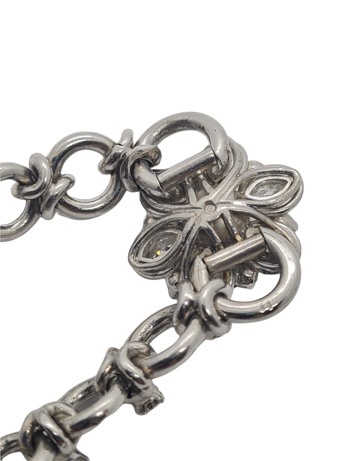 18k white gold French antique diamond and pearl set bracelet, flower design, weight 18.5g approx 2ct - Image 3 of 5