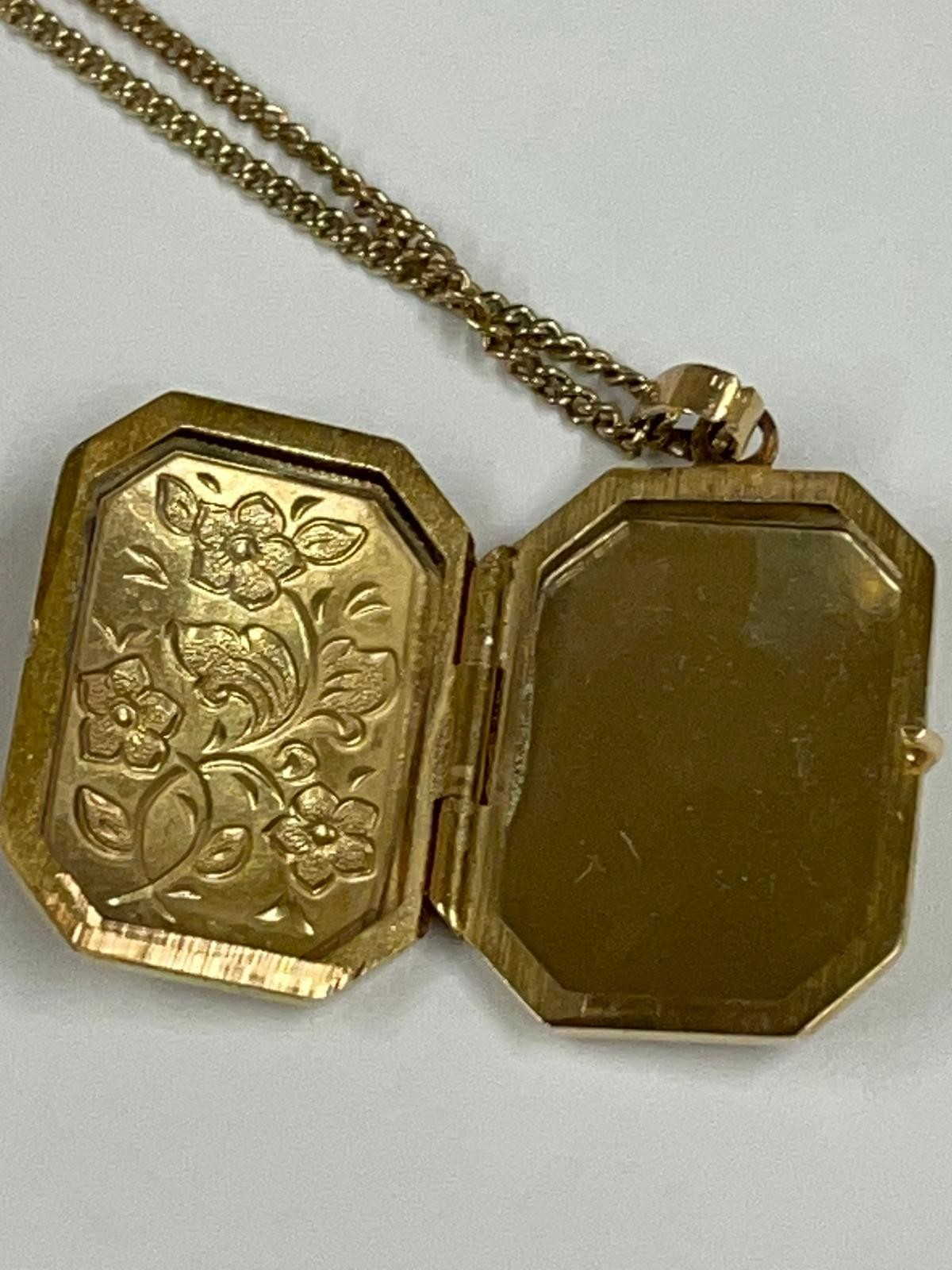 Vintage Clogau 9k yellow gold chain and locket , fully hallmarked. - Image 3 of 10