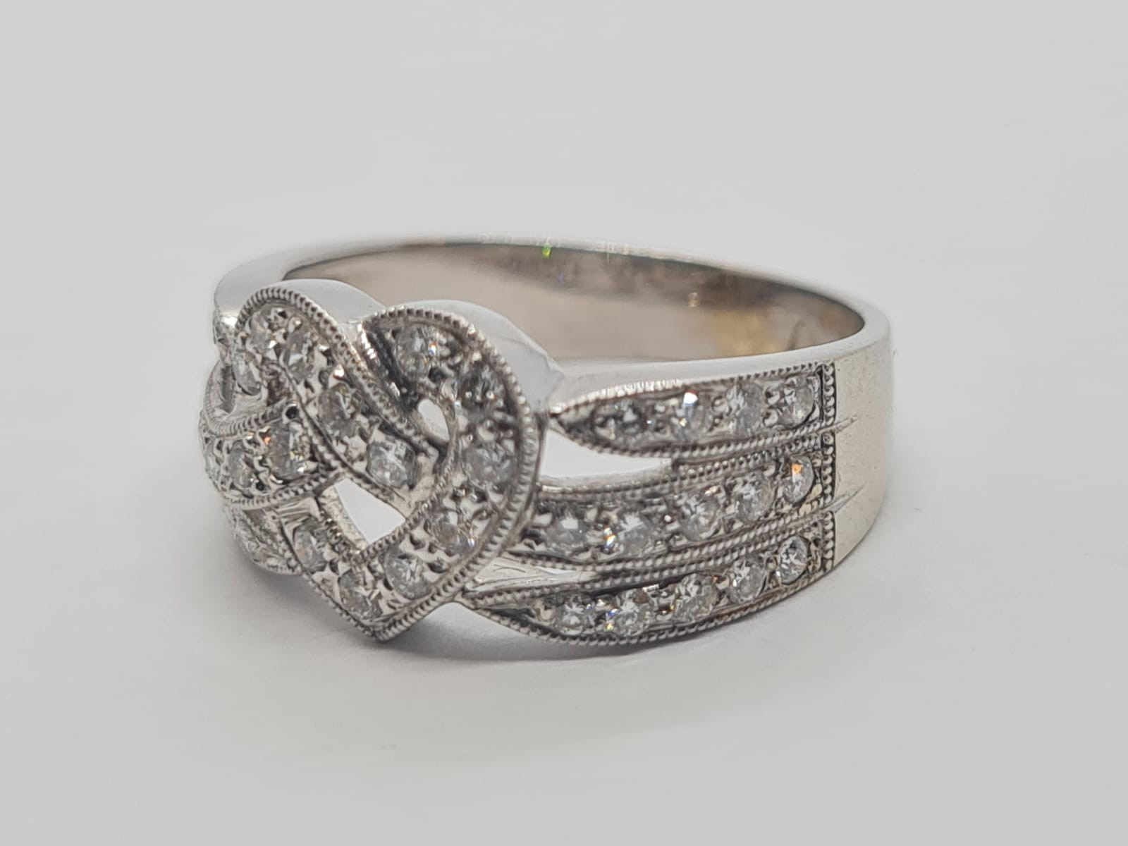 18k white gold heart design diamond ring, weight 4.4g and size L and approx 1ct diamonds - Image 3 of 4