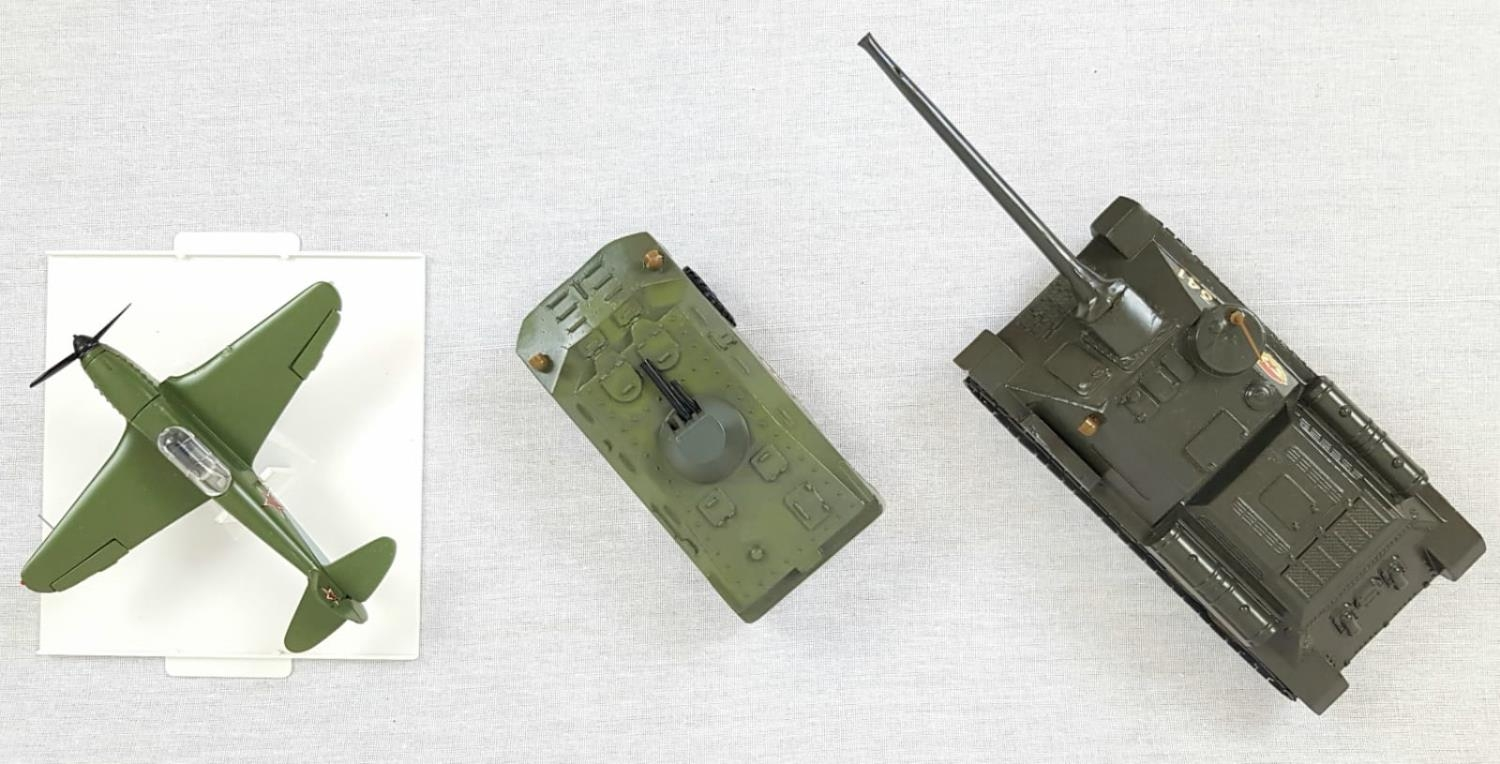 Three Metal Russian Military Model Toys. Made in Russia - Two Tanks and an Aircraft. As New, in - Image 3 of 6