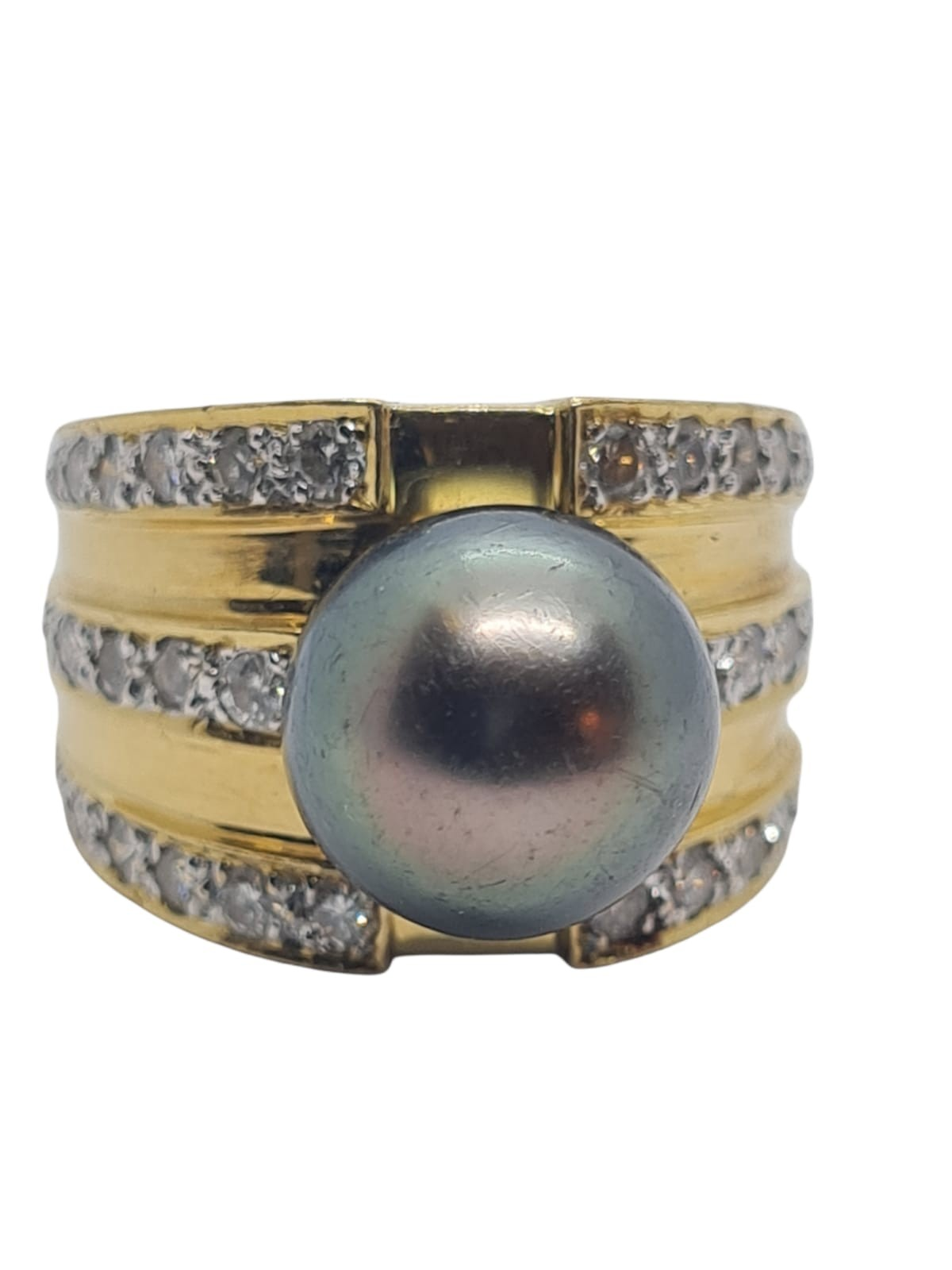 18k yellow gold with Tahitian pearl centre and decorated with 1.50ct diamonds approx, weight 12.8g