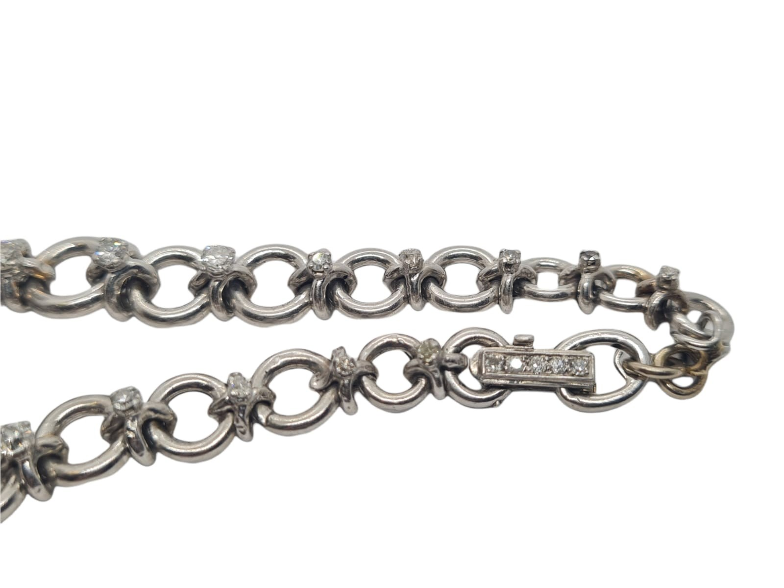 18k white gold French antique diamond and pearl set bracelet, flower design, weight 18.5g approx 2ct - Image 4 of 5