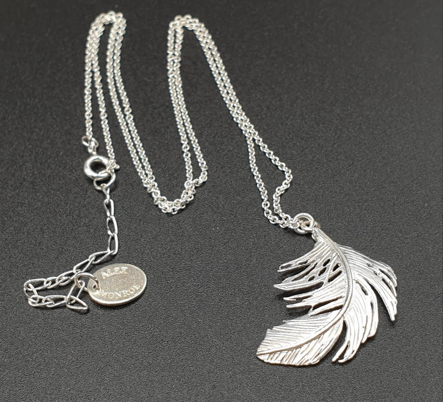 ALEX MONROE STERLING SILVER BIG FEATHER PENDANT ON EXTENDABLE NECKLACE