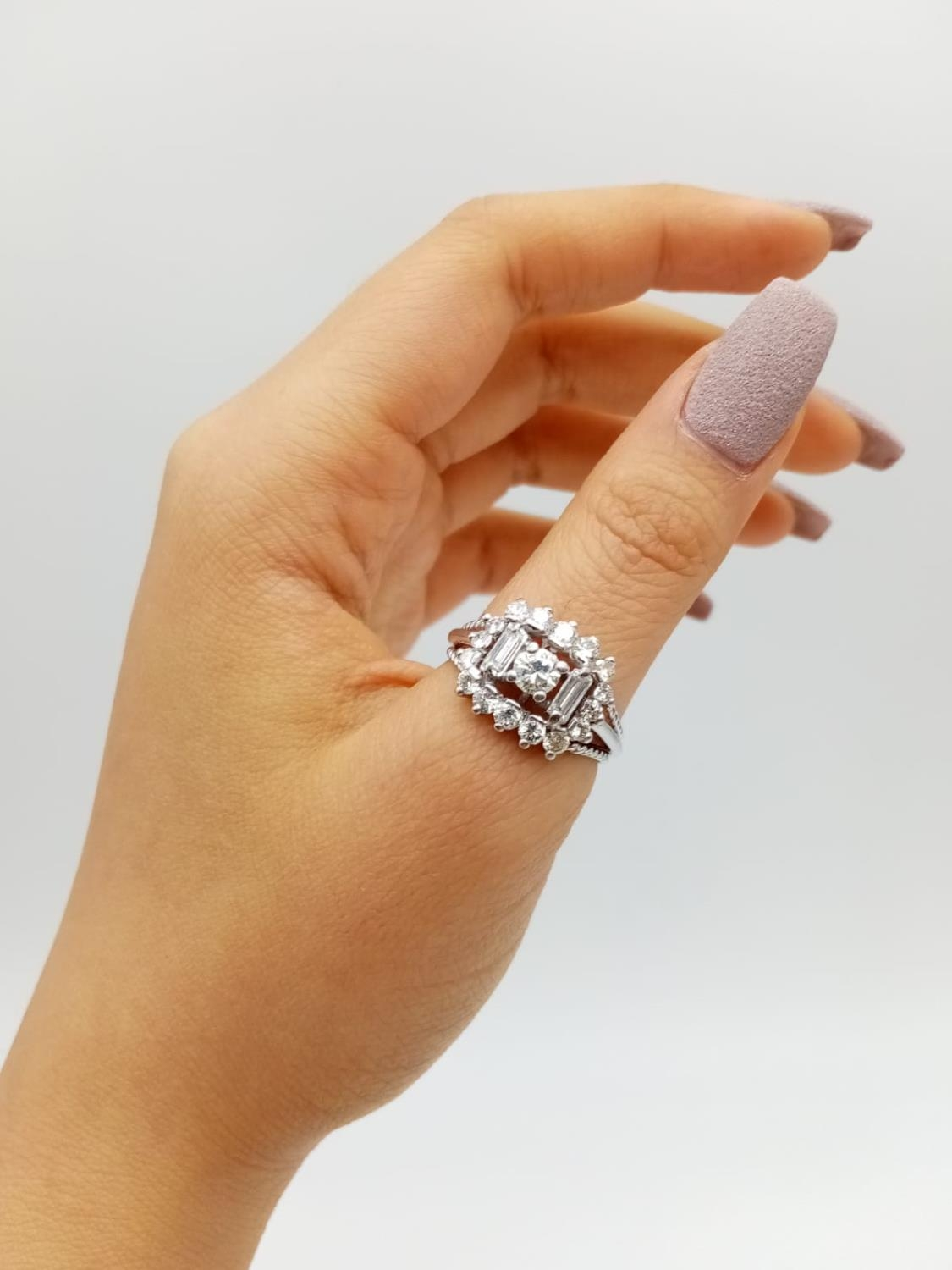 18k white gold diamond ring, WEIGHT 7.6G with over approx 2ct of top quality diamonds, size N1/2 - Image 5 of 6
