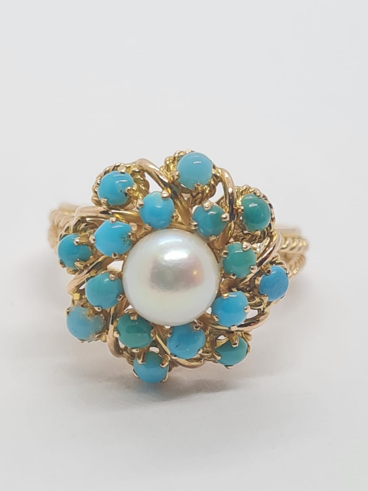 18k yellow gold TURQUISE AND PEARL CLUSTER RING, weight 5.3g and size J1/2 - Image 7 of 8