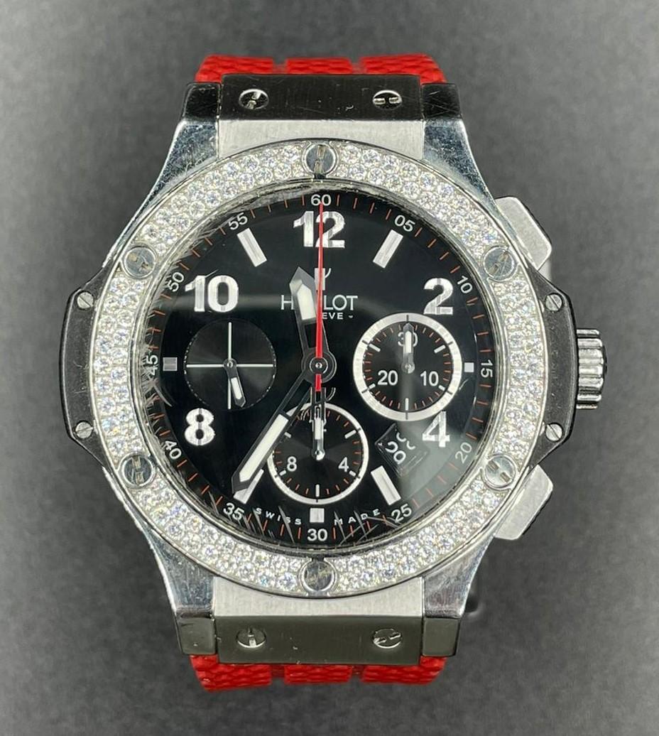 Hublot Big Bang chronometer watch with black face and original diamond dial