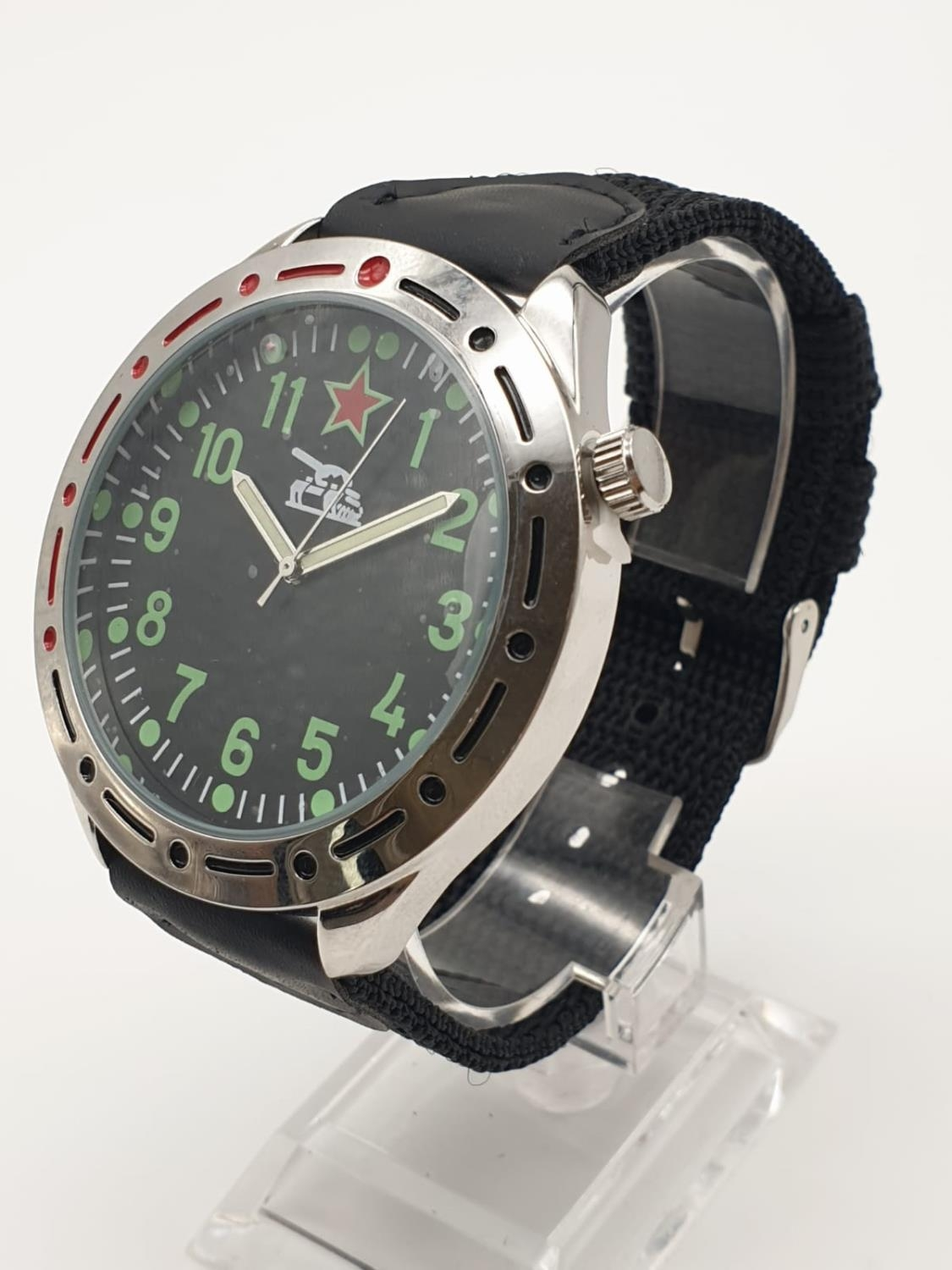 1980'S RUSSIAN TANK WATCH , BOXED AS NEW - Image 2 of 6