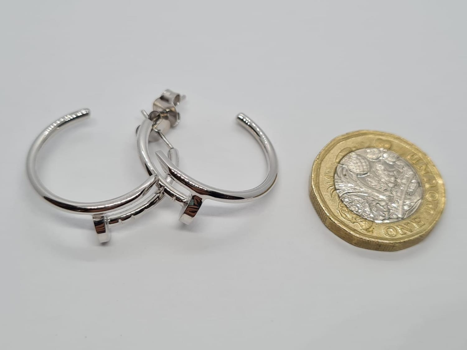 PAIR OF 9CT WHITE GOLD CARTIER STYLE EARRINGS, WEIGHT 5.5G - Image 4 of 4