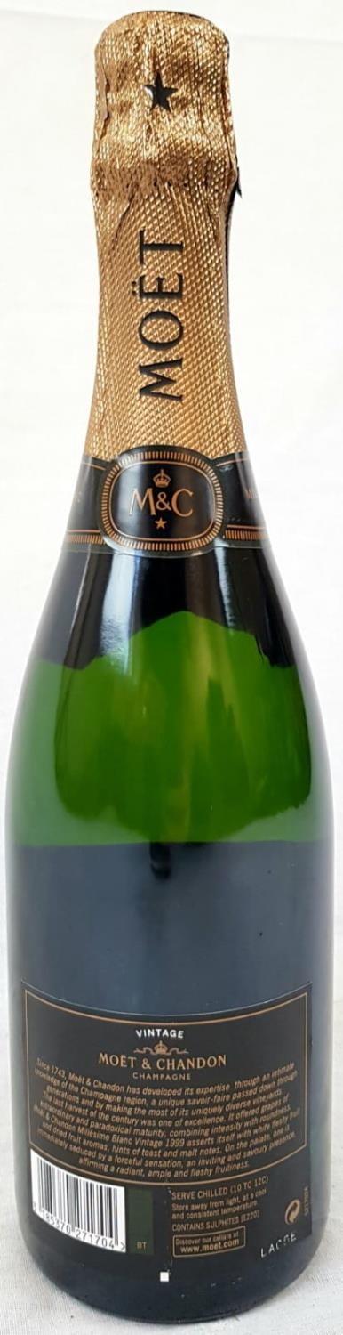 Bottle (750ml) Moet and Chandon Millésime Blanc Vintage 1999 Champagne. As new, in gift box. - Image 2 of 4