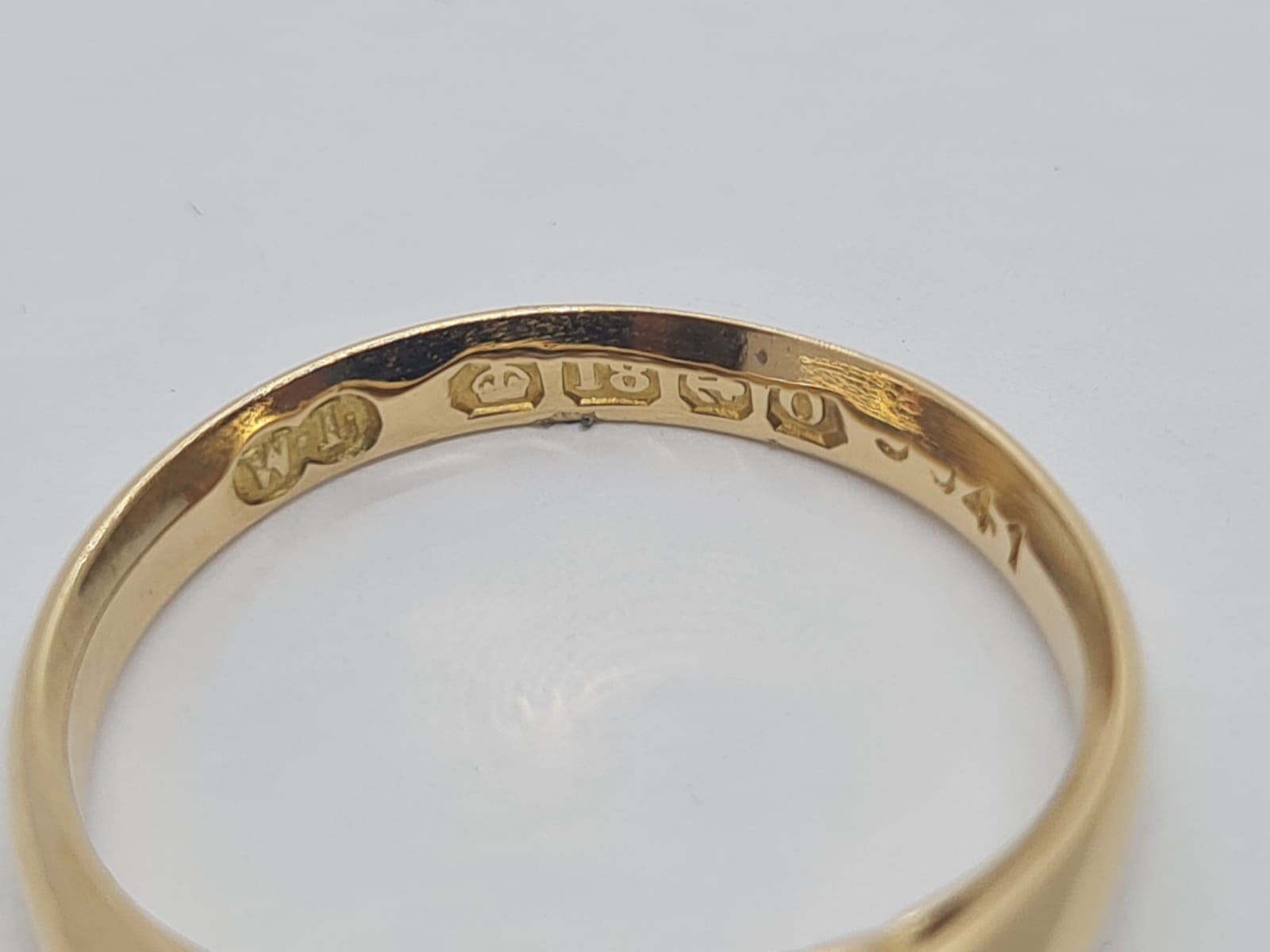 18k Yellow gold vintage DIAMOND 5 STONE SET RING, APPROX 0.15CT DIAMONDS, WEIGHT 2.9g SIZE N - Image 4 of 4