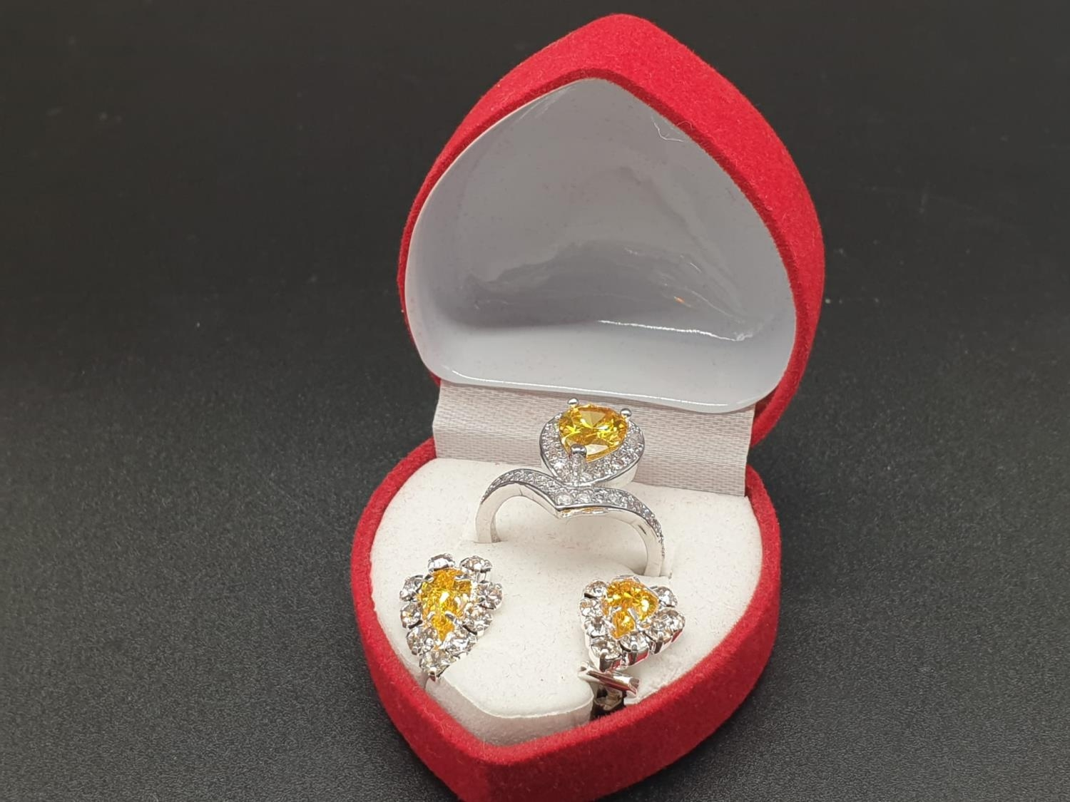 A white metal ring and earrings set with yellow topaz and clear sapphires. Ring size: N. Presented - Image 12 of 12