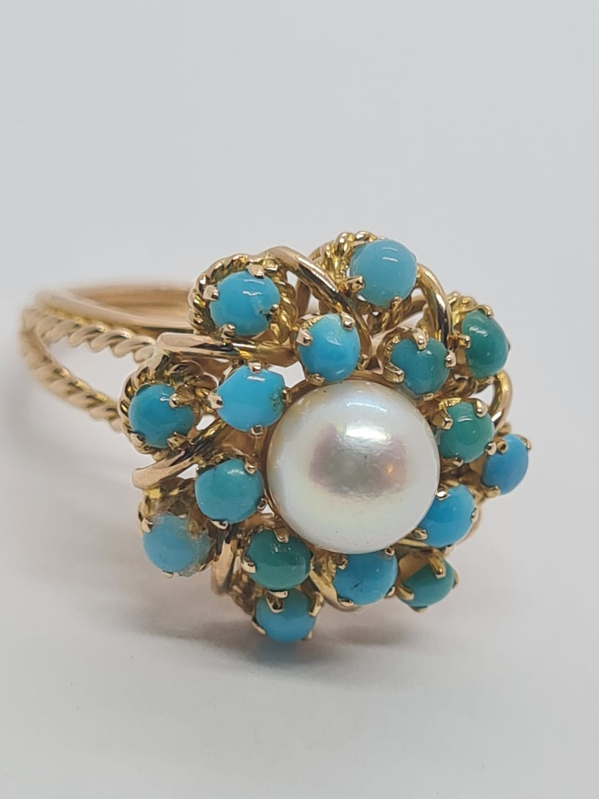 18k yellow gold TURQUISE AND PEARL CLUSTER RING, weight 5.3g and size J1/2 - Image 6 of 8