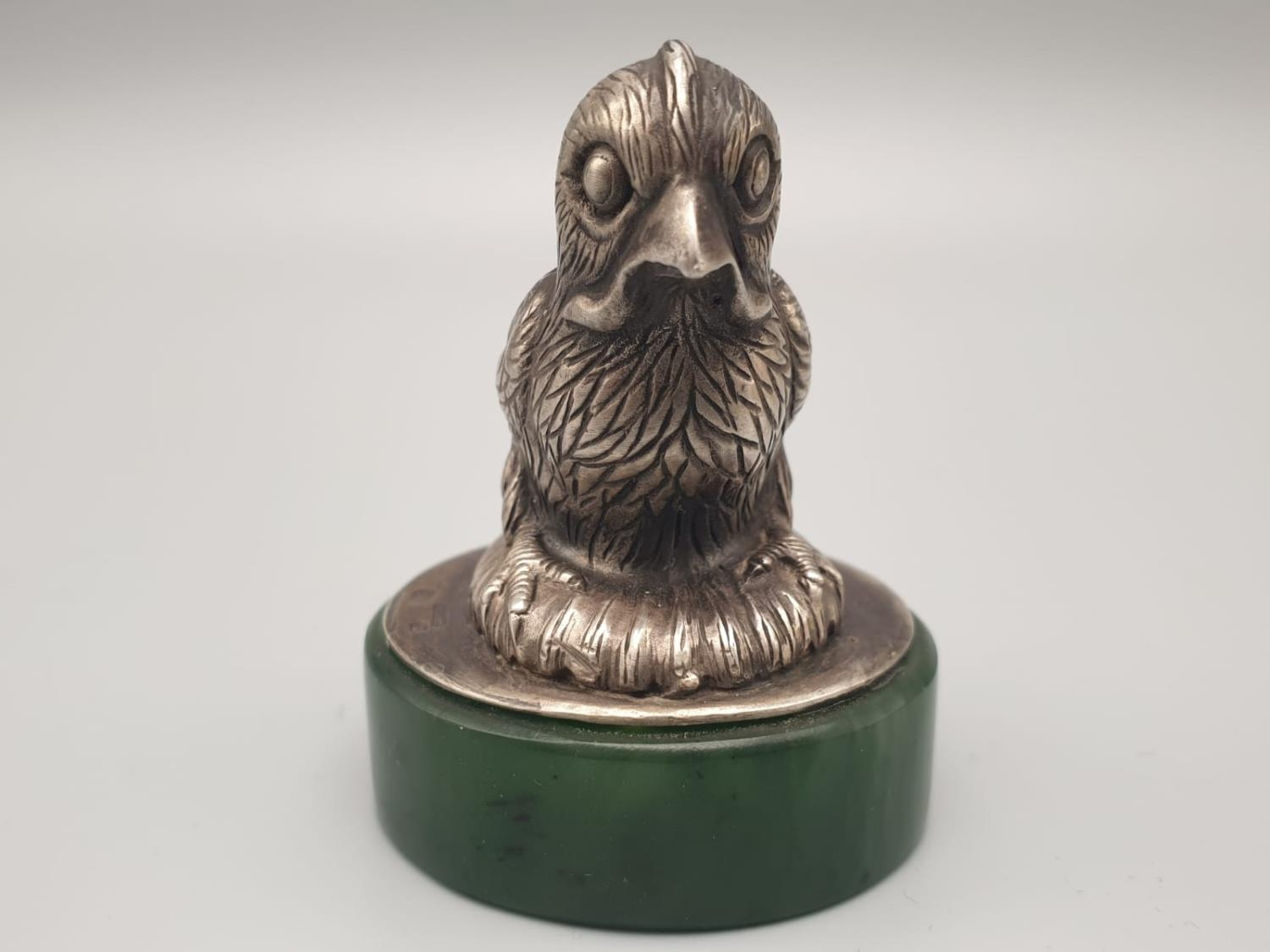 Russian silver and jade paperweight in the form of a canary bird in original box. 64.3gms 5.5cms - Image 2 of 9