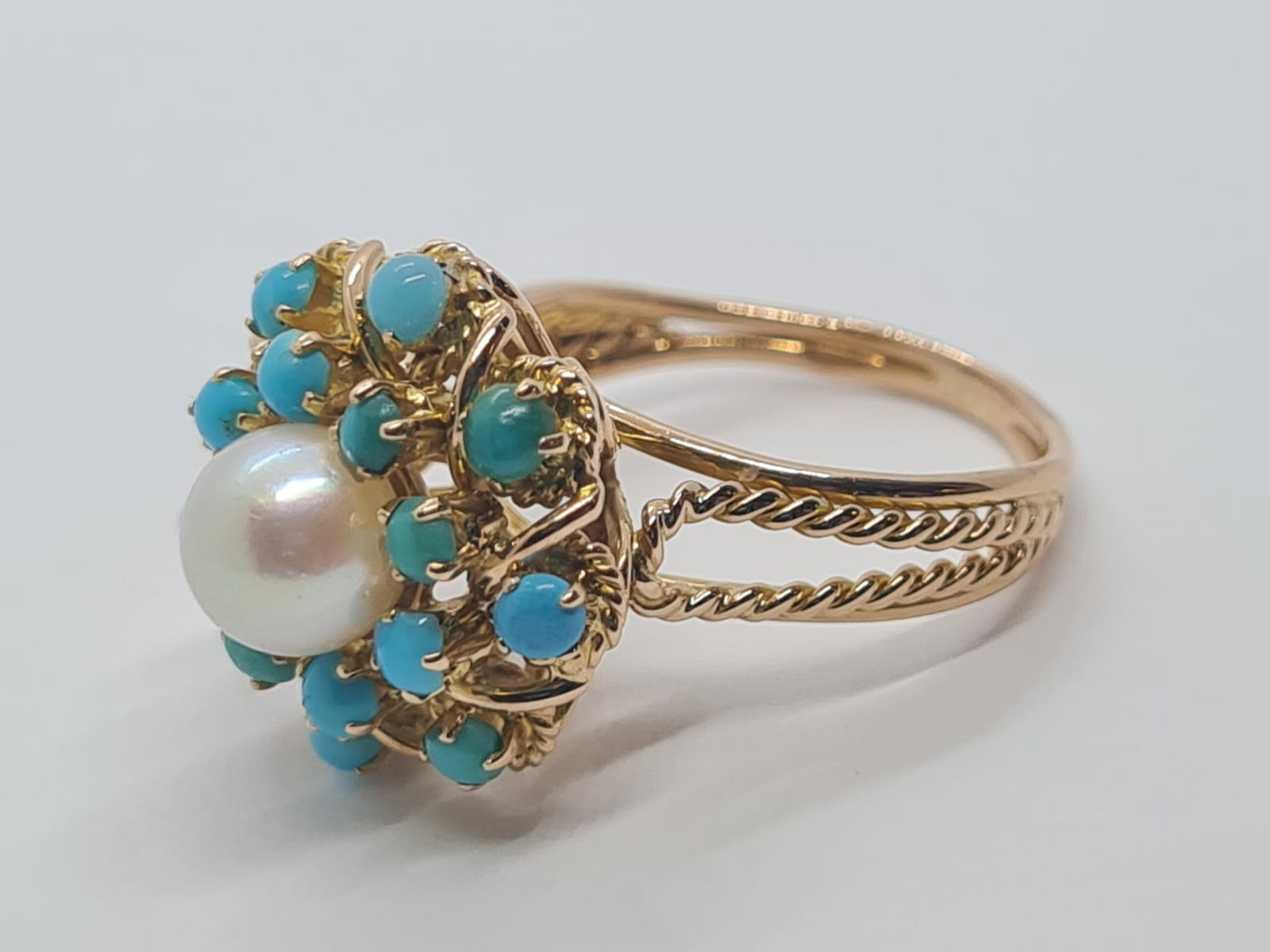 18k yellow gold TURQUISE AND PEARL CLUSTER RING, weight 5.3g and size J1/2 - Image 8 of 8