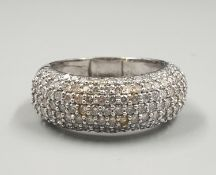 A MODERN 18K WHITE GOLD RING WITH 2 CTS OF DIAMONDS. 9.1gms SIZE Q/R