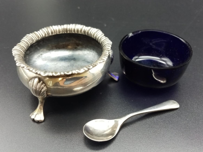 Vintage Silver Salt Server with Spoon. silver weight - 42g. 5cm diameter.