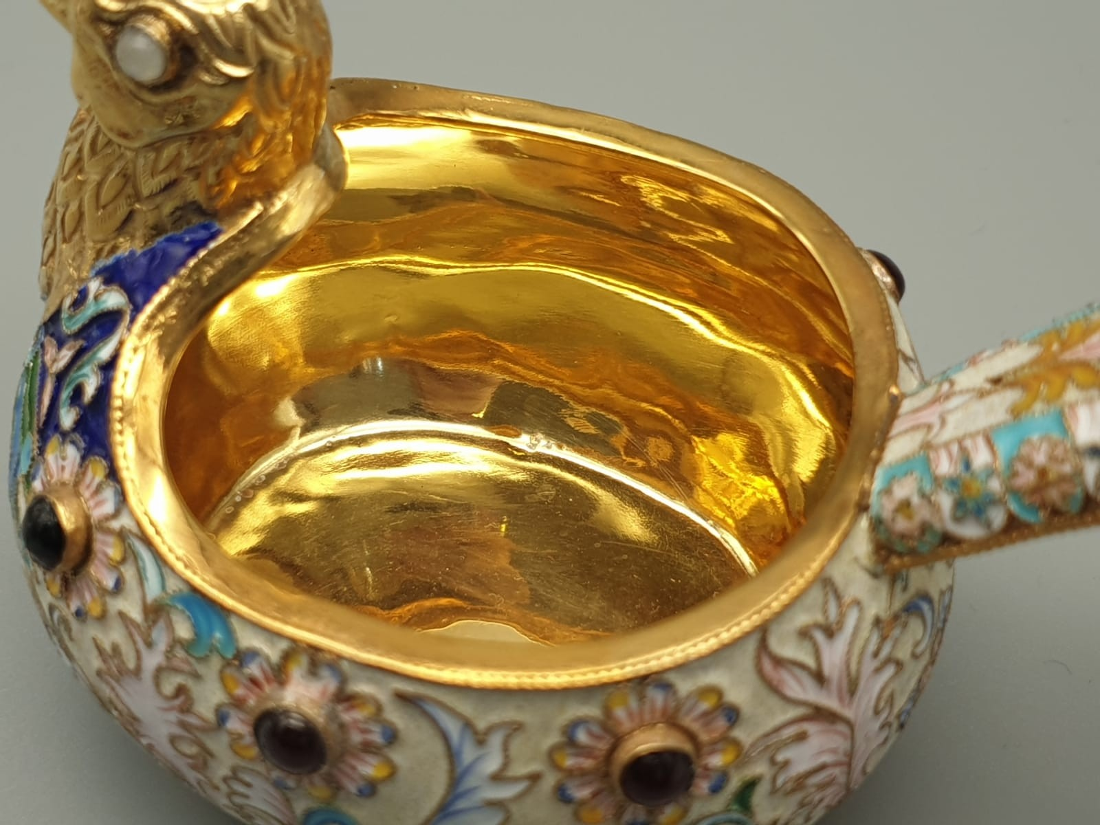 Pair of Russian 20th century silver enamel gemset kavosch bowl in the form of birds, an exquisite - Image 7 of 29