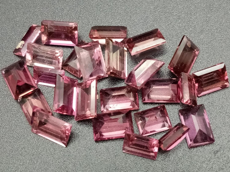 Twenty four pink tourmaline rectangle cut 6x4mm total carats 11.87 - Image 2 of 2