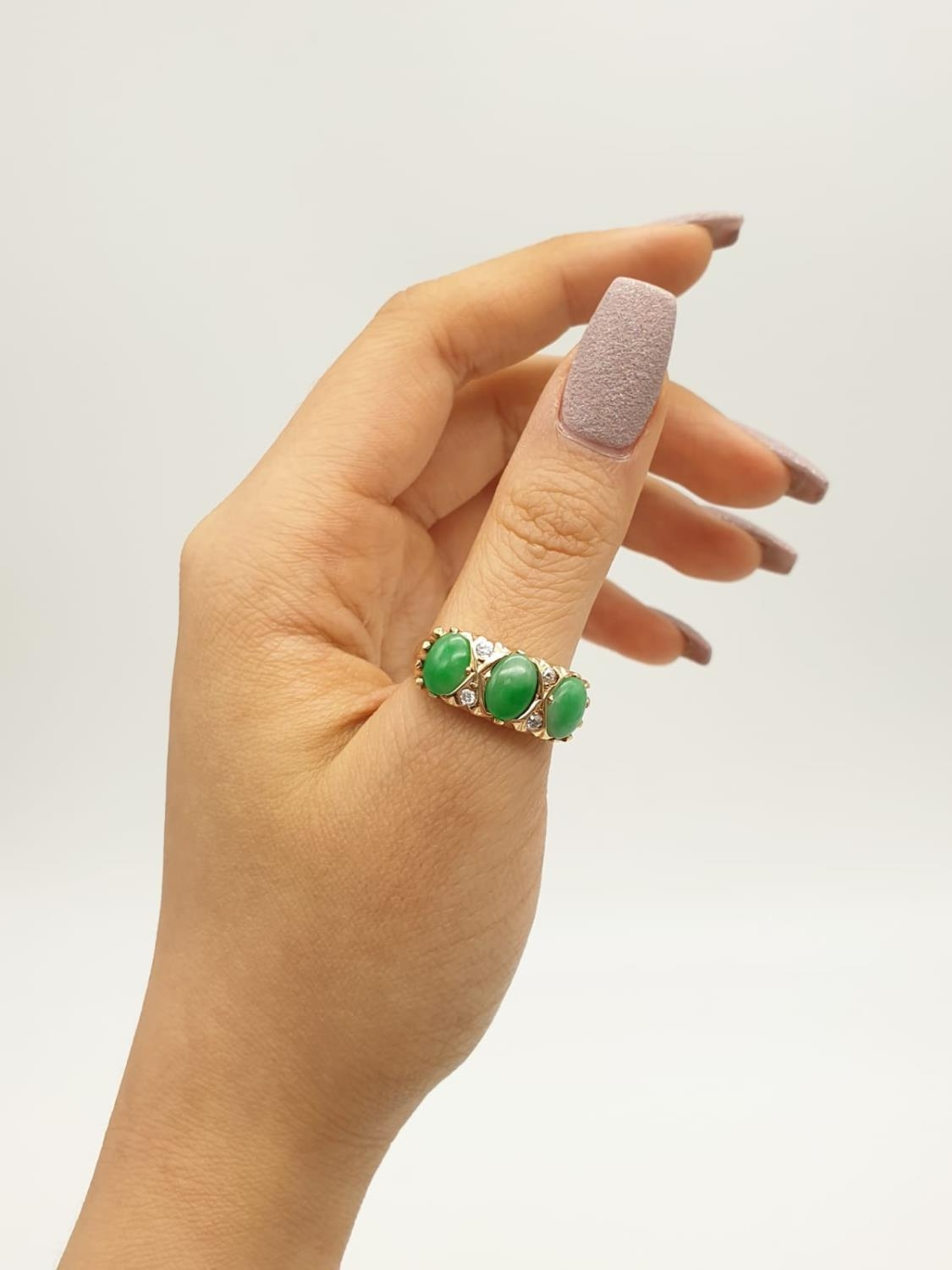14k yellow gold antique ring with trilogy green jadeite and decorated with diamonds, weight 8.6g and - Image 5 of 6