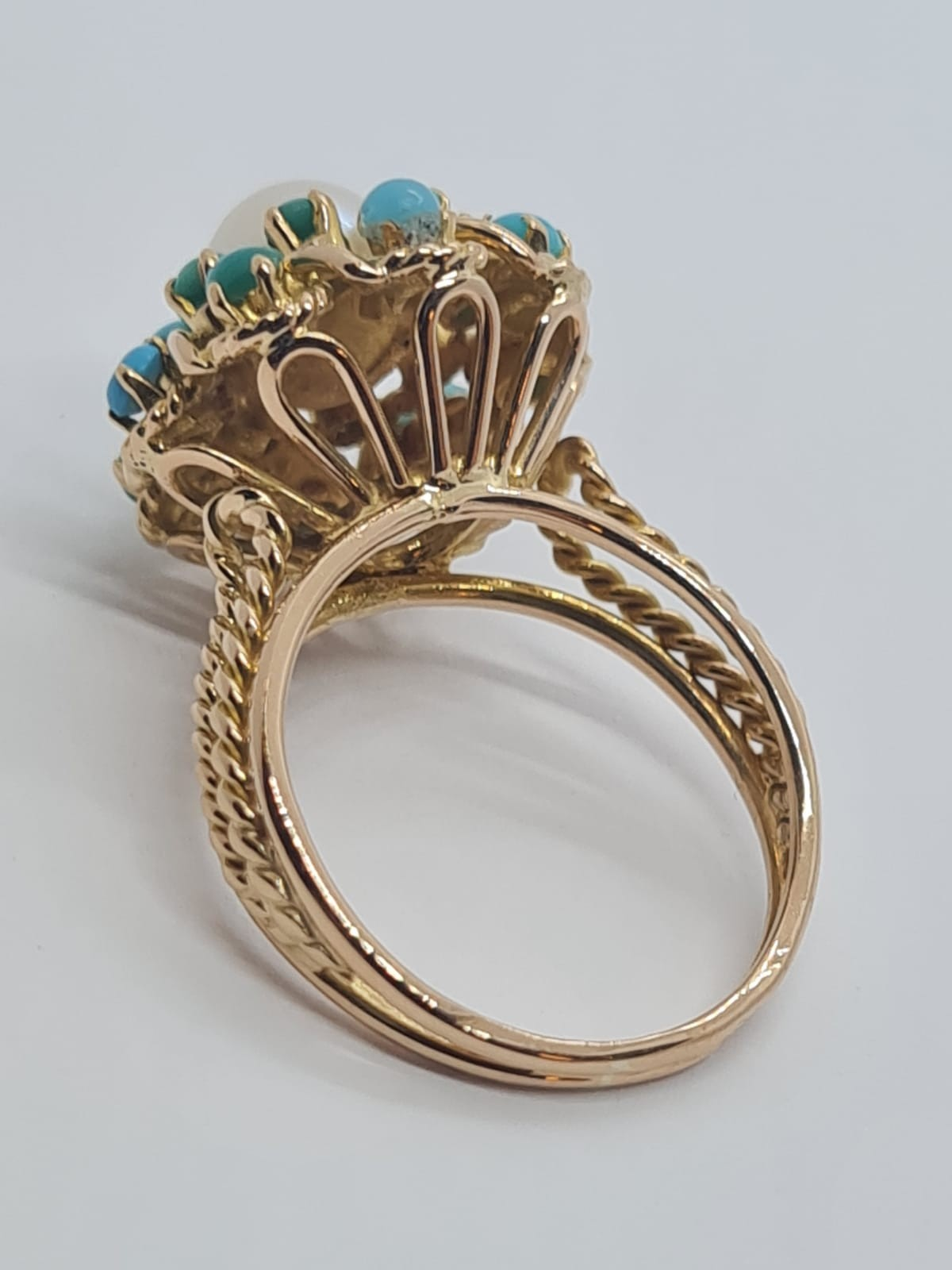 18k yellow gold TURQUISE AND PEARL CLUSTER RING, weight 5.3g and size J1/2 - Image 5 of 8