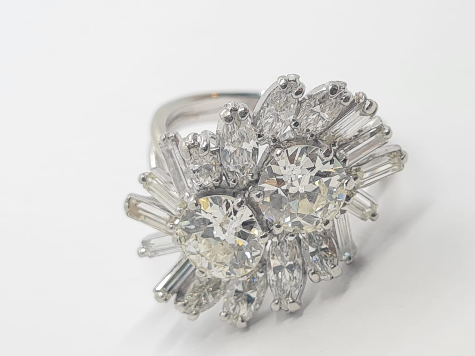 18k white gold diamond cluster ring with approx over 5ct diamonds in total, weight 10g and size M1/2 - Image 2 of 11