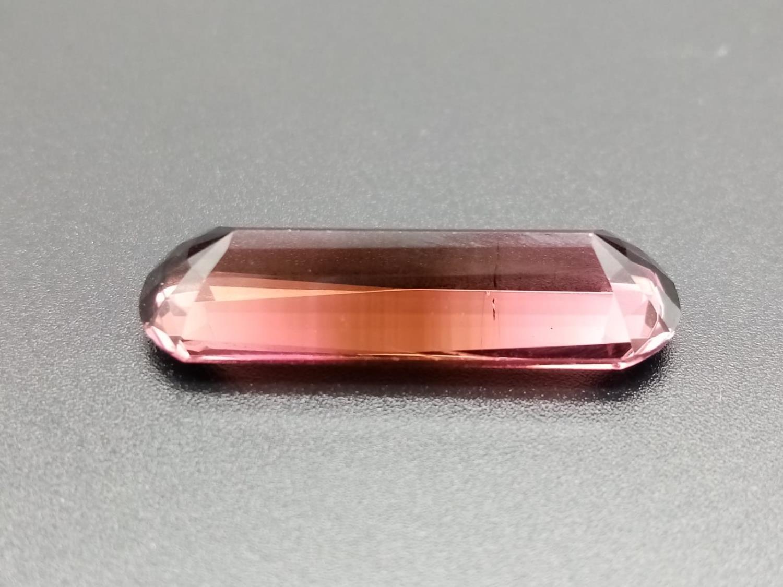 A large pencil cut pink tourmaline 28.5x9.5mm total carats 14.35 - Image 2 of 3