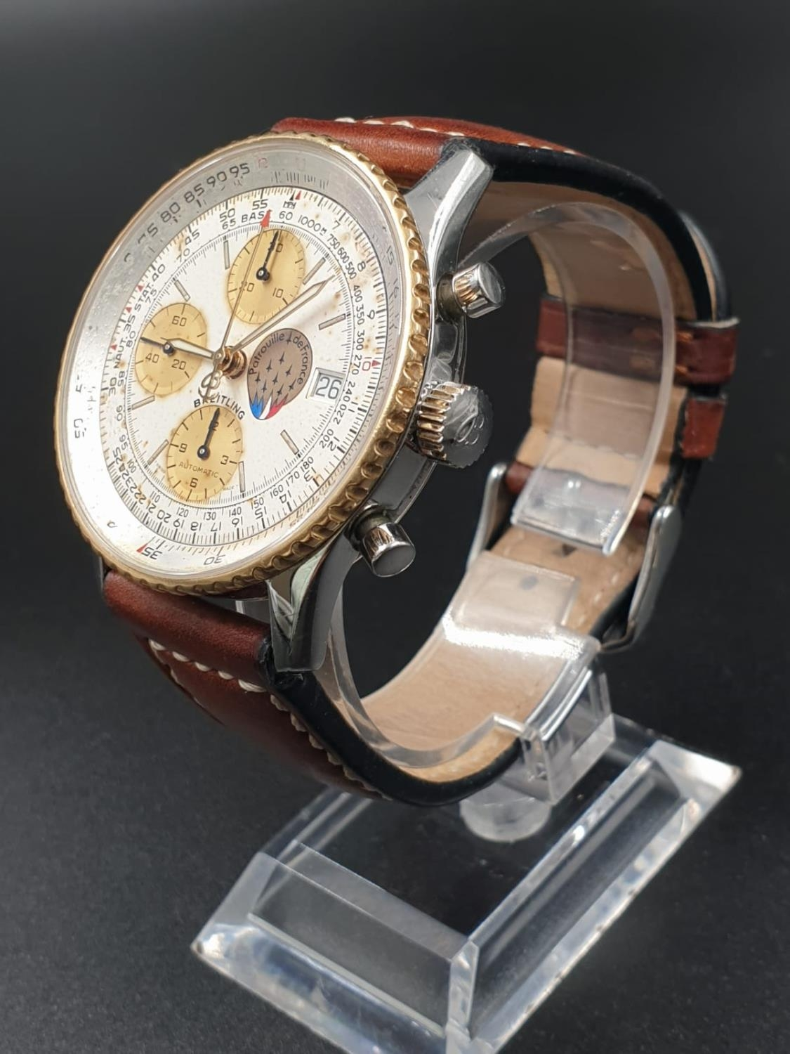 A BREITLING NAVITIMER CHRONOMETER AUTOMATIC MOVEMENT ON A LEATHER STRAP. 42mm - Image 2 of 10